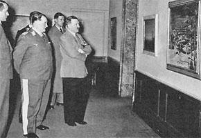Гитлер и Геринг отбирают картины